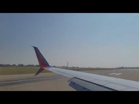 Southwest Airlines landing at St Louis Lambert International Airport