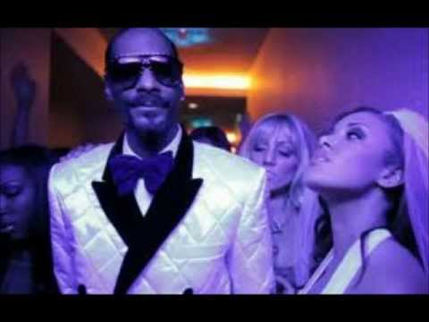 Snoop Dogg ft. David Guetta - Sweat (with lyrics)
