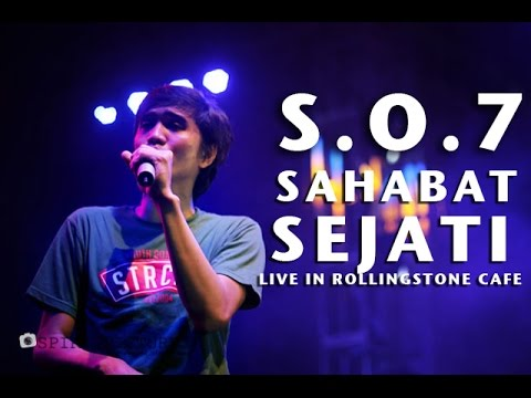 SHEILA ON 7 SAHABAT SEJATI   live in rollingstone cafe