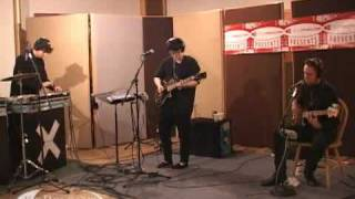 The xx - Islands + Heart Skipped A Beat (live on KCRW)