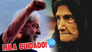"""Vidente Zulmira faz previsão: """"Lula volta pra cadeia e corre risco de vida na rua"""""""