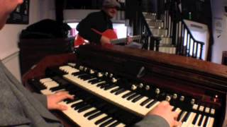 """Mad Lad"" Organ Grinding Session with Artie Zaitz"