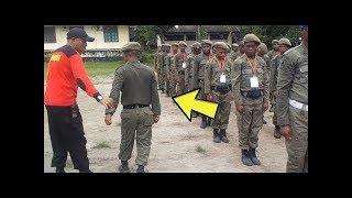Lucu Banget, Video Satpam Latihan Baris Berbaris Salah Terus