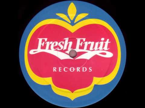 South Street Player - (Who?) Keeps Changing Your Mind (Fresh Fruit Dub)