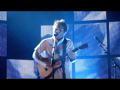 "ed-sheeran-""give-me-love""-live-in-dublin,-ireland"