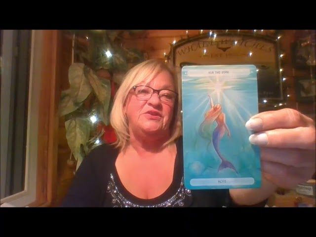 PISCES AUGUST 2018  STEADY ACTIVITY, HANG LOOSE  GO WITH THE FLOW