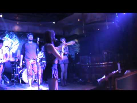 Groove Thing @ Crowne Plaza, Manama, Bahrain Video 4, Sep. 15, 2014