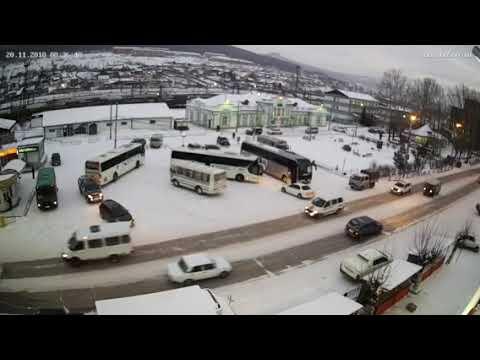 Междугородний автобус в Усть-Куте не подрасчитал габариты