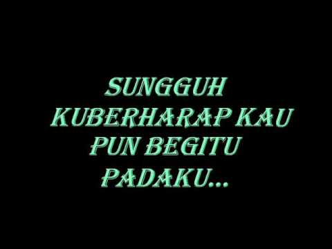 ST12 - aku masih sayang (with lirik)