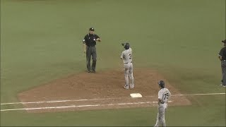 「忘れるな、踏んで帰ろう一塁へ」安達、帰塁も残念アウト 2012.09.11 L-Bs thumbnail
