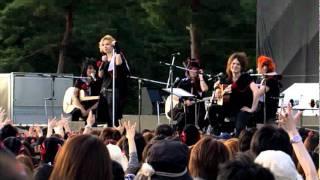 Acid Black Cherry 2011 FreeLive Encore MC(4)