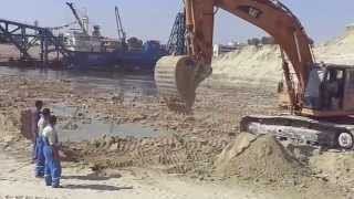 New Suez Canal: the first blow digger in water
