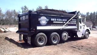 Kenworth T300 Dumping 20yds of Bark Mulch
