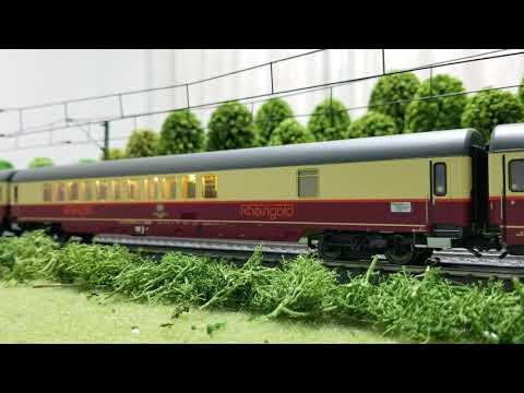 TEE Rheingold-Clubwagen WGmh 854 (Märklin 26983)