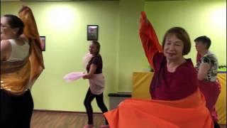 Народные танцы заряжают энергией и позволяют раскрепоститься