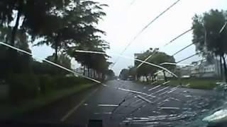 雲林斗六超扯攔車砸車事件 (我錄網備份版)
