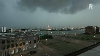 Timelapse Onweersbui Trekt Over Rotterdam