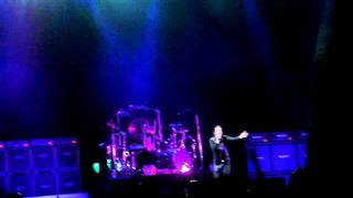 OZZY OSBOURNE - SUICIDE SOLUTION (GEBA 26 / 03 / 2011)