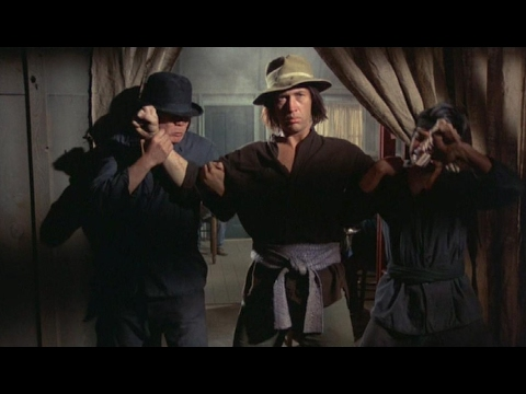 Kung Fu: Caine vs 2 Martial Artists