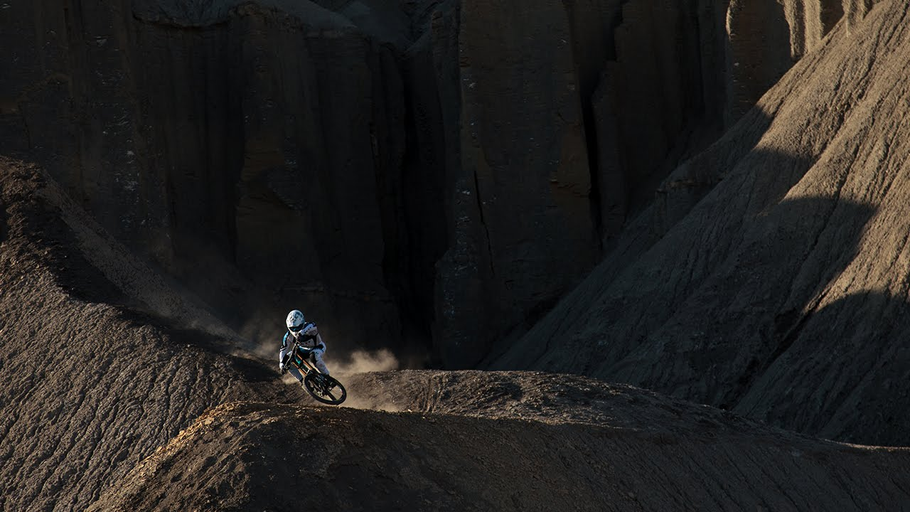 Yeti Cycles In Green River