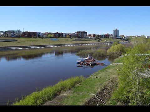 Река Тура из Свердловской области в 2016 году приходила в Тюмень ...