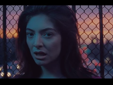 Lorde's New 'Green Light' Music Video is EVERYTHING Mp3