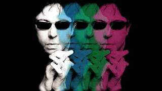 "Ian McCulloch - ""Lift me up"" (HQ Audio only)"