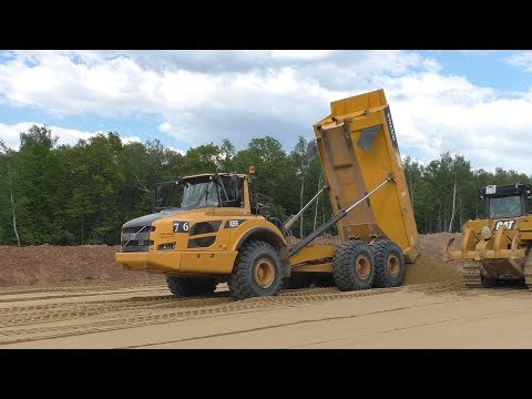 Volvo A35F ADT`s Unloading