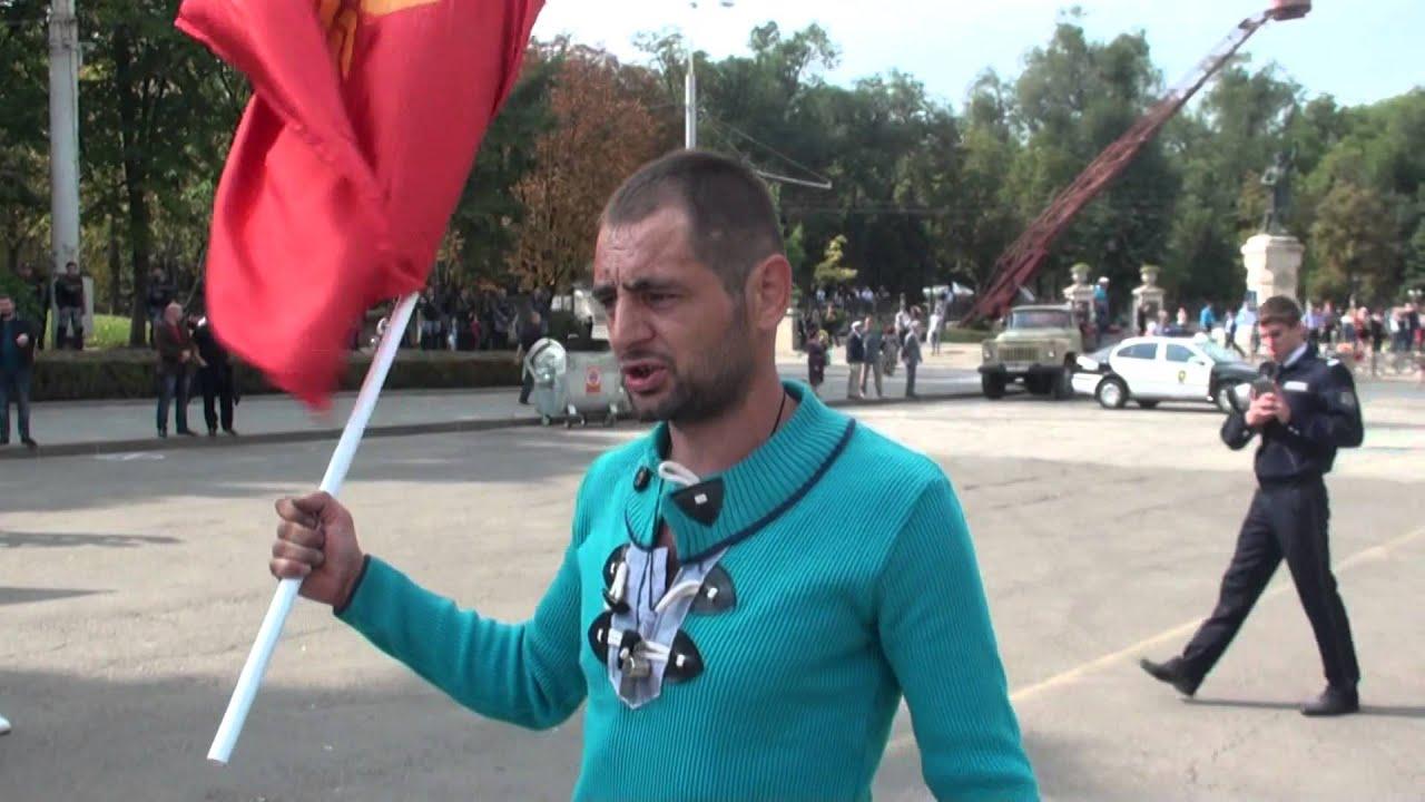 Are cortul în PMAN, dar protestează alături de Dodon și Usatîi