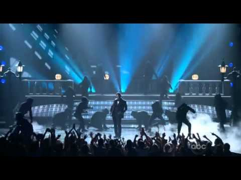 Usher live Scream at 2012 Billboard Music Awards