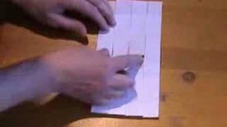 удивительная конструкция из бумаги