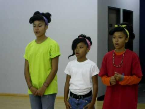 GIRLS SINGING SWV FOR PRACTICE.