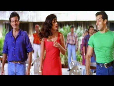 Salman Khan Saves Shilpa Shetty From Eve Teasing - Auzaar Movie Scenes