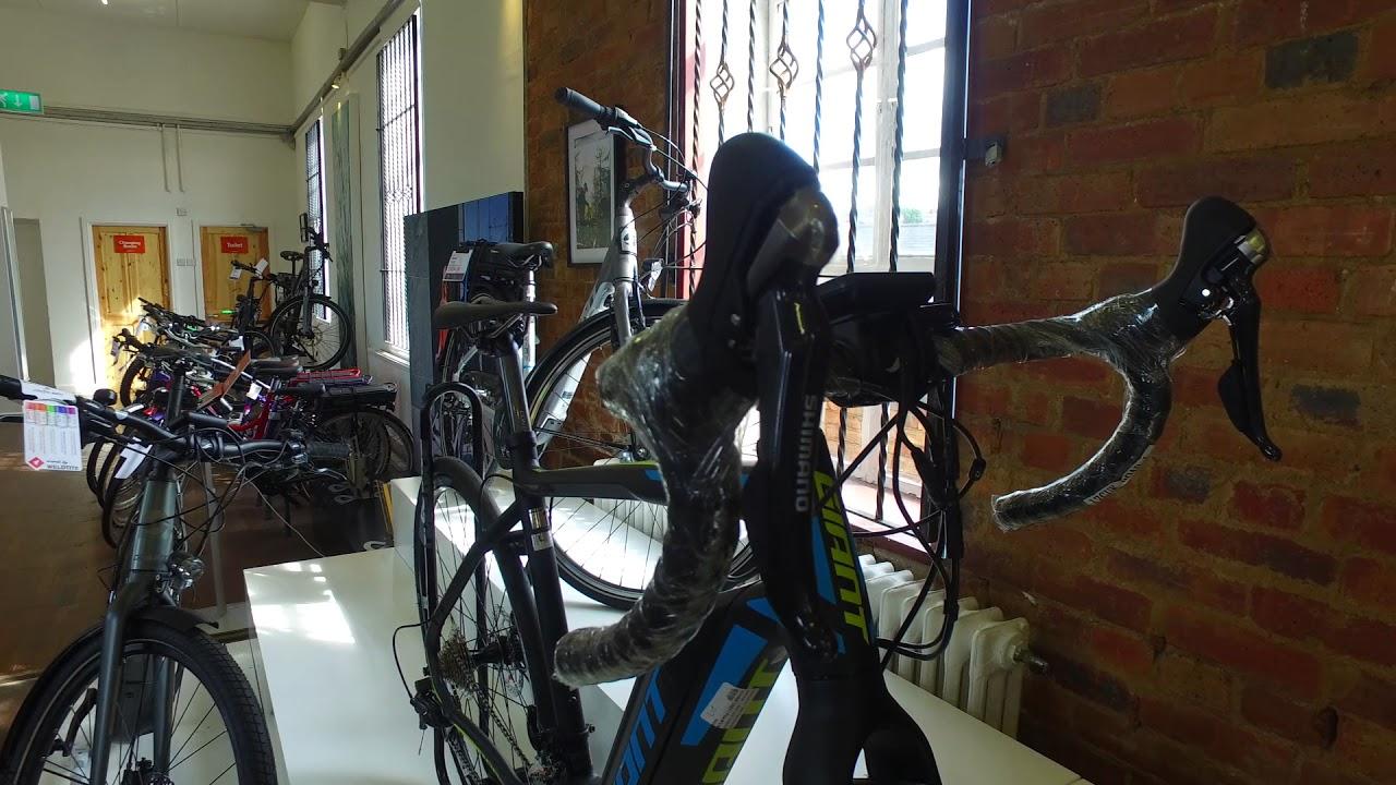 Giant Road-e Plus 1 Electric Bike 2017