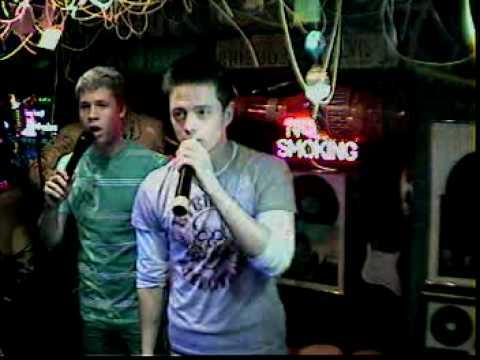 Fabi & Ante singen Losing my religion im Karaoke Fun Pub Stuttgart