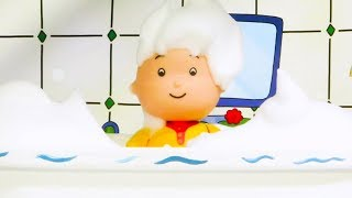 ★NEW★ 🛁 Caillou has a bath 🛁  Funny Animated Kids show | Caillou Stop Motion