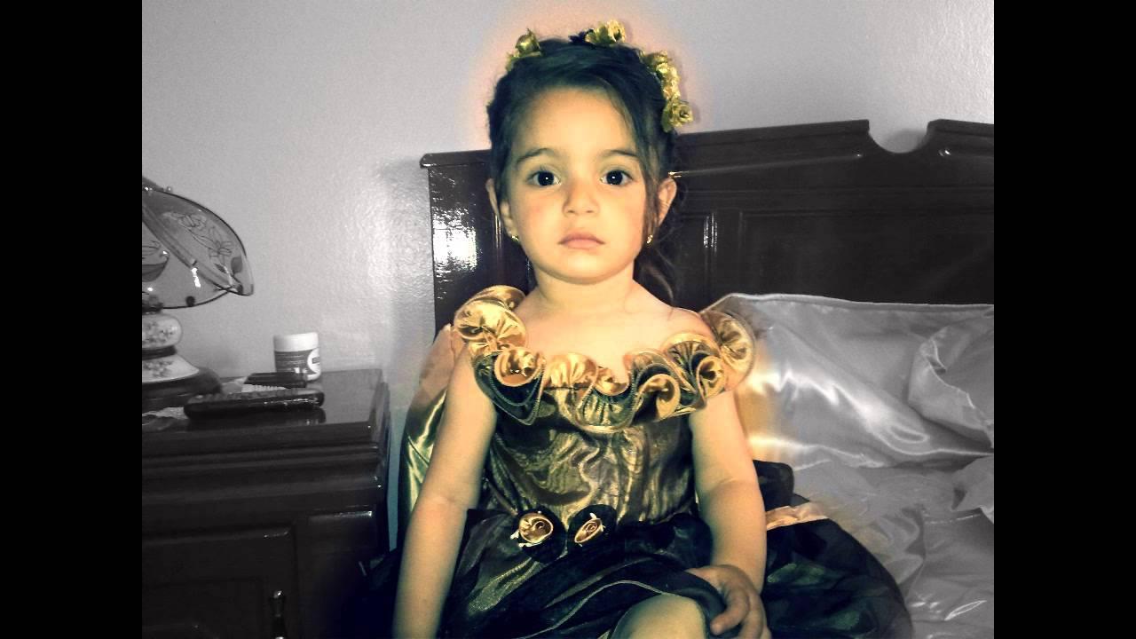 Une Petite Fille Kabyle De 3 Ans Chante A Vava Inouva