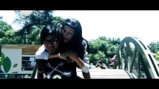 HENVA - Estas muy dentro de mi (Video Oficial) [HD]