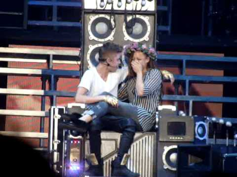 Justin Bieber - One Less Lonely Girl - TORONTO