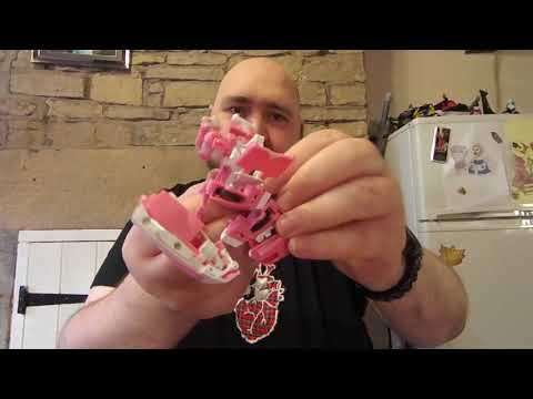 Fans Toys FT-24 Rouge aka Arcee Review