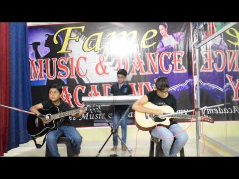 Papa kahte hai on Guitar by fame music and dance academy