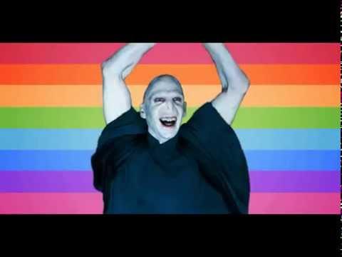 Alexandra stan dancing for webcam 8