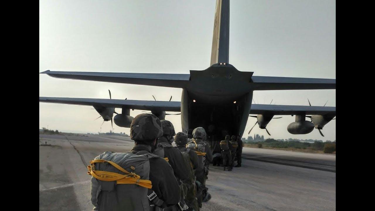 צפו: צניחת הבכורה של הצנחנים החרדים - Haredi paratroopers' first parachute training