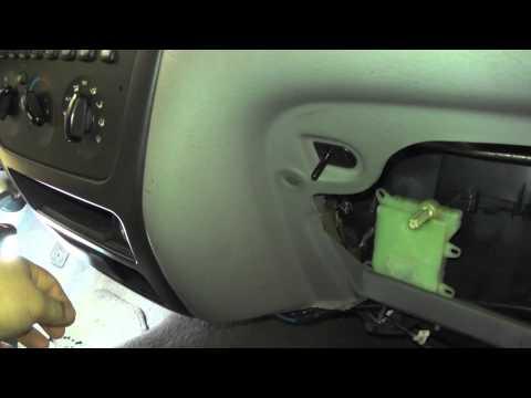 How to remove install heater blend door actuator doovi for 08 chevy impala door lock actuator