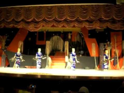 Orang Ulu Dance Kanjet Ngeleput. Sarawak Cultural Village