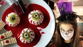 Deser na halloween - przerażająco pyszne gałki oczne z panna cotty :)