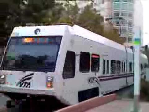 VTA Light Rail At Convention Centre