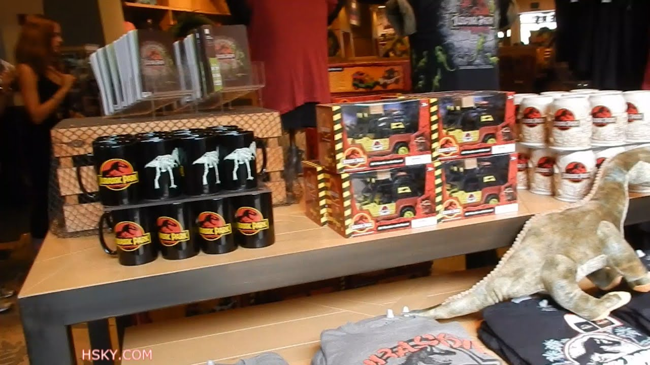 Jurassic Outfitter Store Lower Lot Universal Studios Hollywood ...