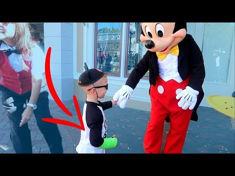 MICKEY MOUSE Wouldn't Sign My Son's Cast ! 😞