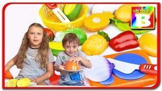 Mancare ADEVARATA vs Mancare din PLASTIC #2  Challenge cu legume vs plastic la Boogdan`s Show